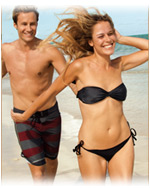Coolsculpting couple at beach